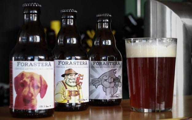 Degustación de Forastera; cerveza artesana mallorquina.