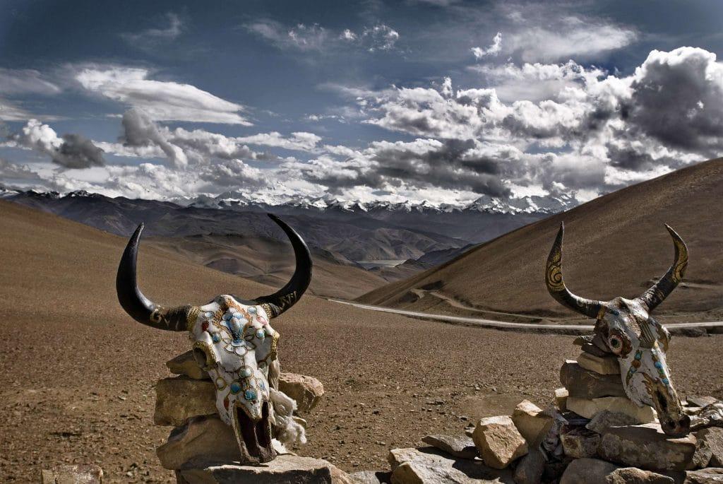 """Inauguración de la exposición """"Himalaya. Las Montañas de Buda"""" de Ángel López Soto"""