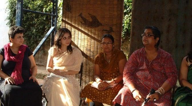 Proyección del cortometraje Kurli y largomentraje In her words. Durante 3 miércoles viajaremos a la india a través las películas del festival Imagine India.
