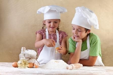 Cocinamos un bizcocho navideño romano: pastel de saturnalia